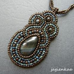 elegancki,unikalny,beading,haft koraliko - Wisiory - Biżuteria