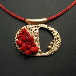 z koralem,wisior z brązu,fiann - Wisiory - Biżuteria
