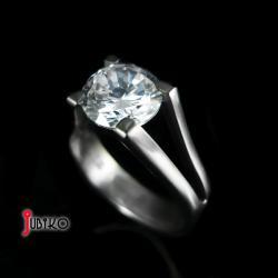 tytanowy,klasyczny,lekki,cyrkonia,wytrzymały - Pierścionki - Biżuteria