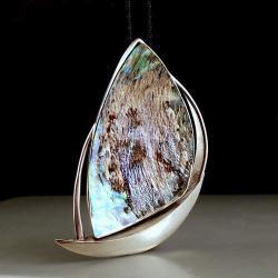 brocho-wisor z masą perłową - Broszki - Biżuteria