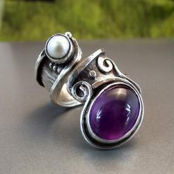 Pierścionek z ametystem i perłą - Pierścionki - Biżuteria