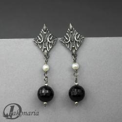 sztyfty,eleganckie,klasyczne,czarny,biały,kule - Kolczyki - Biżuteria