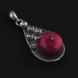 jadeit,rubinowy,srebro,wisior,oksydowany,duży - Wisiory - Biżuteria