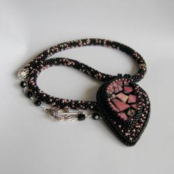haft koralikowy,carzywool,naturalne kamienie - Naszyjniki - Biżuteria