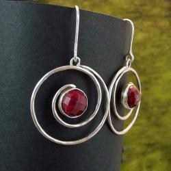 kolczyki z rubinem - Kolczyki - Biżuteria